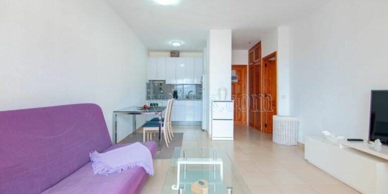 Cheap 1 bedroom apartment for sale in Playa Paraiso Tenerife