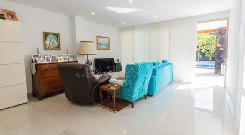 luxury-villa-for-sale-in-los-cristianos-tenerife-canary-islands-spain-38650-0309-14