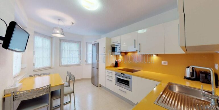 exclusive-seafront-villa-for-sale-in-tenerife-costa-adeje-38660-0512-07