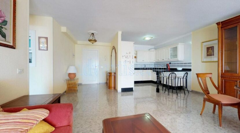 oceanfront-apartment-for-sale-in-tenerife-puerto-de-santiago-38683-0517-06