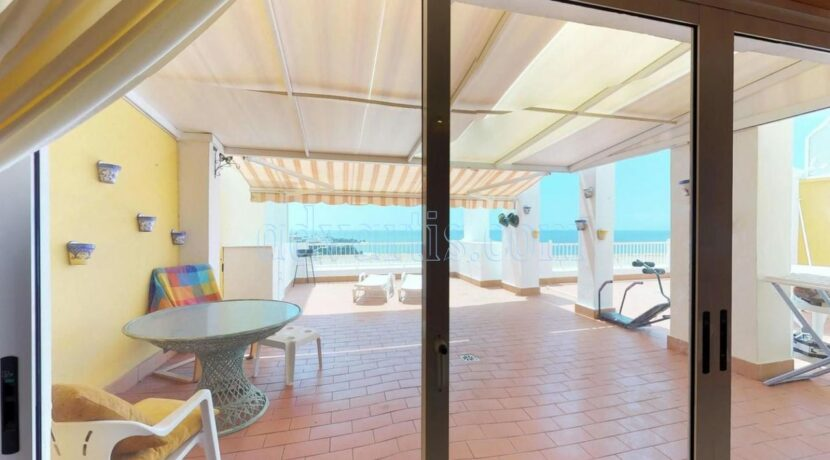 oceanfront-apartment-for-sale-in-tenerife-puerto-de-santiago-38683-0517-36