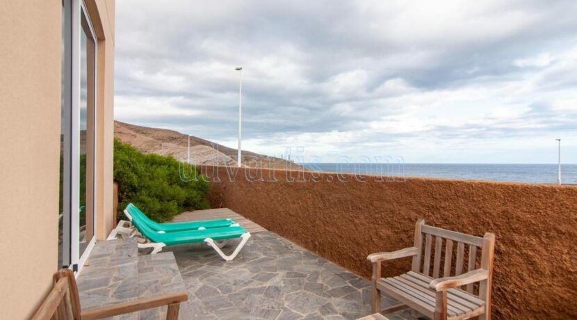 oceanfront-house-for-sale-in-el-medano-tenerife-spain-38612-0517-27
