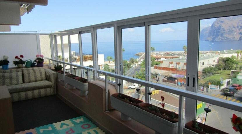 2-bedroom-apartment-for-sale-in-los-gigantes-tenerife-38683-1118-13