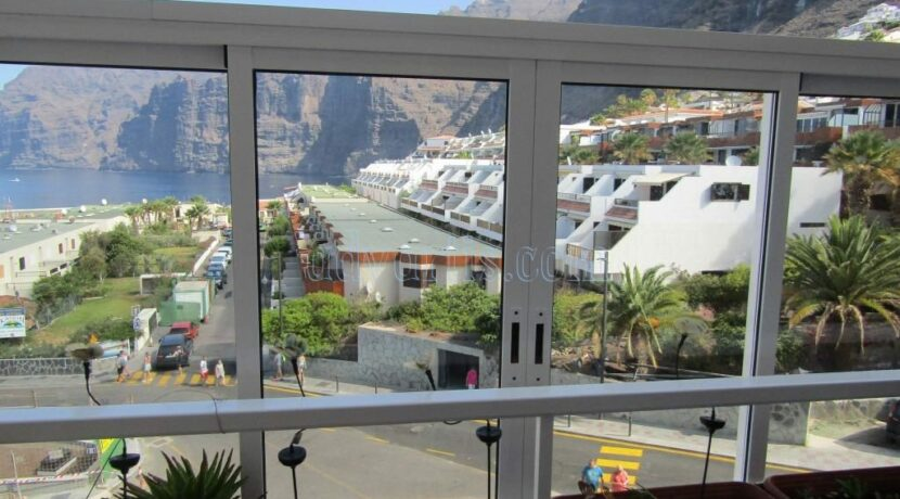 2-bedroom-apartment-for-sale-in-los-gigantes-tenerife-38683-1118-14