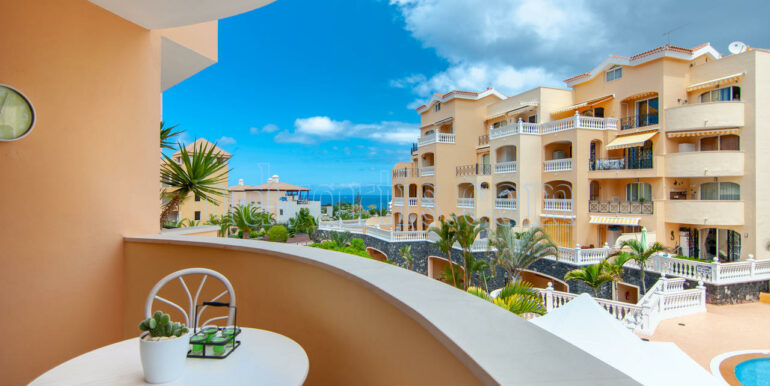 1 bedroom apartment for sale in Parque Tropical 2 complex, Los Cristianos, Tenerife