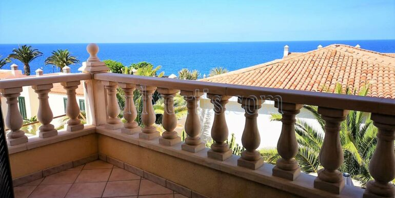 Townhouse for sale in Costa del Silencio, Tenerife