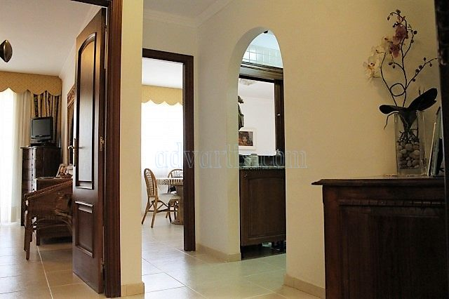 1-bedroom-apartment-for-sale-in-los-cristianos-tenerife-canary-islands-spain-38650-0130-09