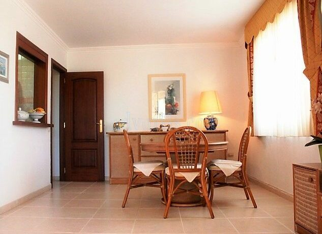 1-bedroom-apartment-for-sale-in-los-cristianos-tenerife-canary-islands-spain-38650-0130-13